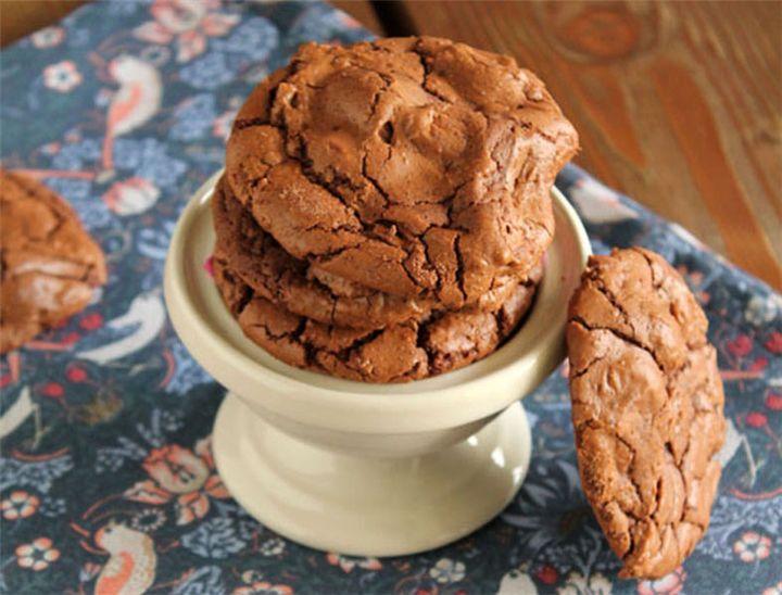 Εξαιρετικά μπισκότα με σοκολάτα γάλακτος! - Filenades.gr