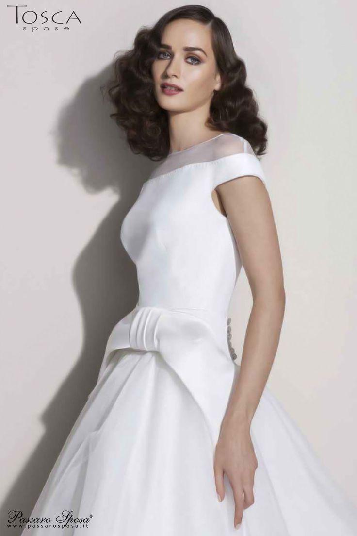Quanto costa un abito da sposa valentini i vestiti sono for Quanto costa macchina da cucire