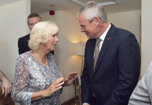 Martin Clunes Photos Photos - Camilla, Duchess of Cornwall meets cast member of the TV show 'Doc Martin' Martin Clunes at Nathan Outlaw's restaurant during a visit to Port Isaac on July 19, 2016 in Port Isaac, England. - The Duke and Duchess of Cornwall Visit Port Isaac
