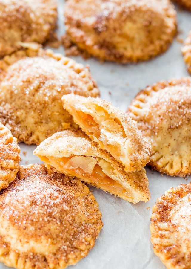 Churro Apple Pie Cookies - Adorable little apple pies, churro style! They're…