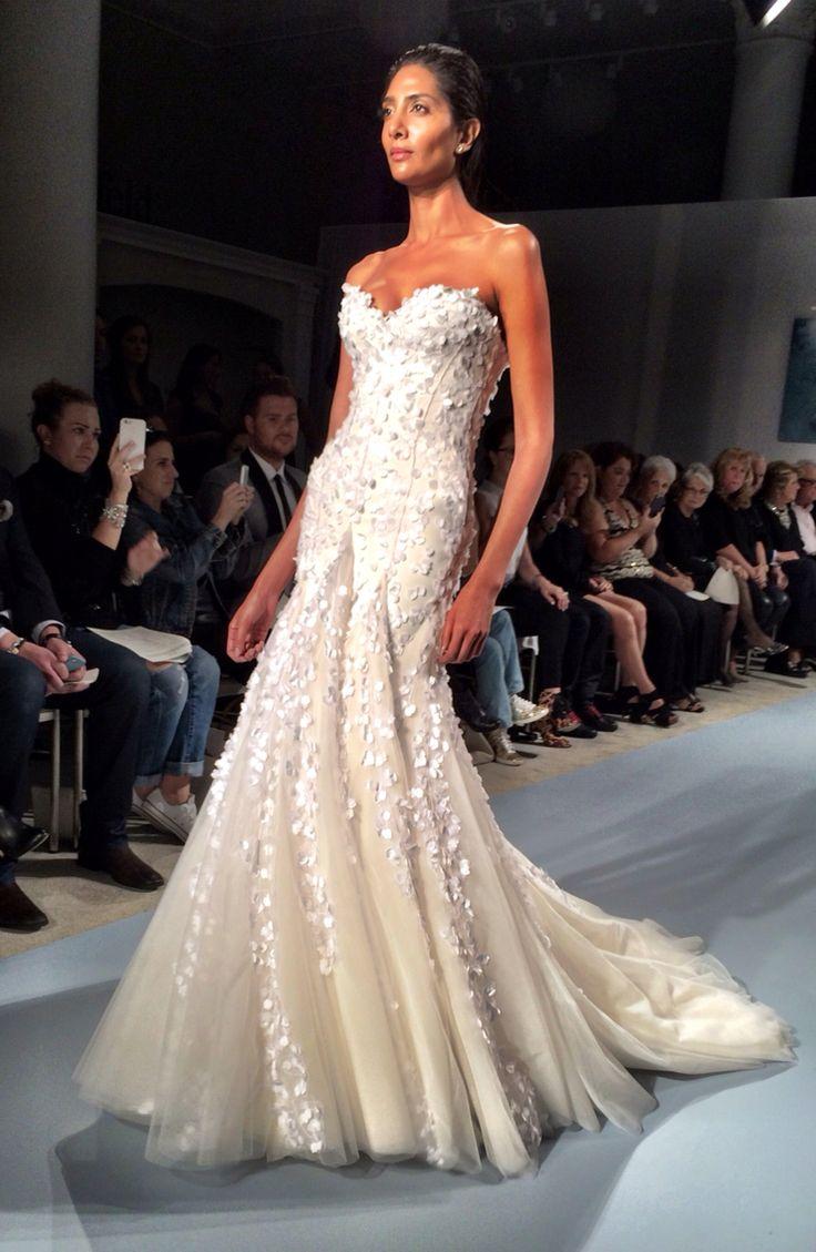 Lisa robertson in wedding dress - Queen For A Day Lisa Robertsonmark Zuninocouture Bridalwedding