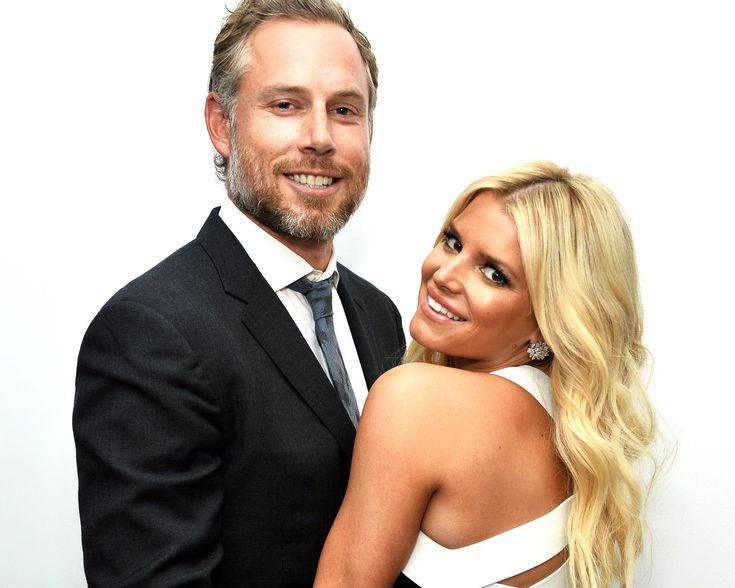 Jessica Simpson celebrated seven years of marriage with her husband, Eric Johnson, this week.