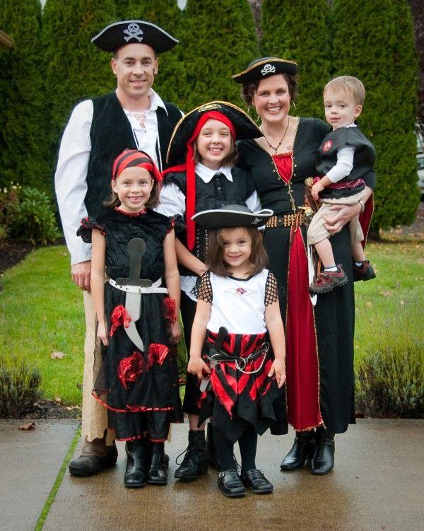 22 best Family Halloween Costumes images on Pinterest | Family ...