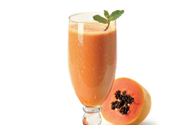 Sucos de morango , maçã , mamão papaia e mel