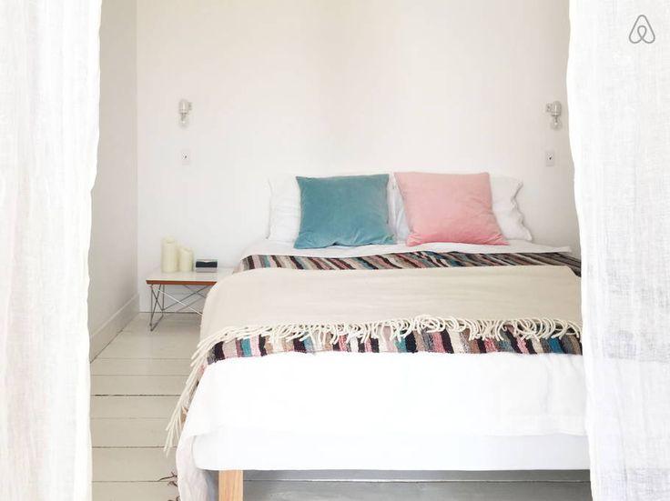 Les 25 meilleures id es de la cat gorie rideau epais sur for Rideau chambre parents