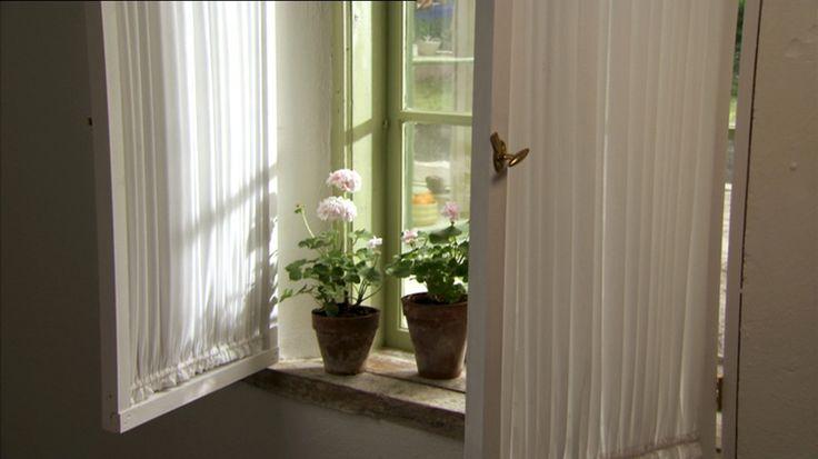 Så bygger du Ernsts fönsterluckor - Sommar med Ernst - tv4.se