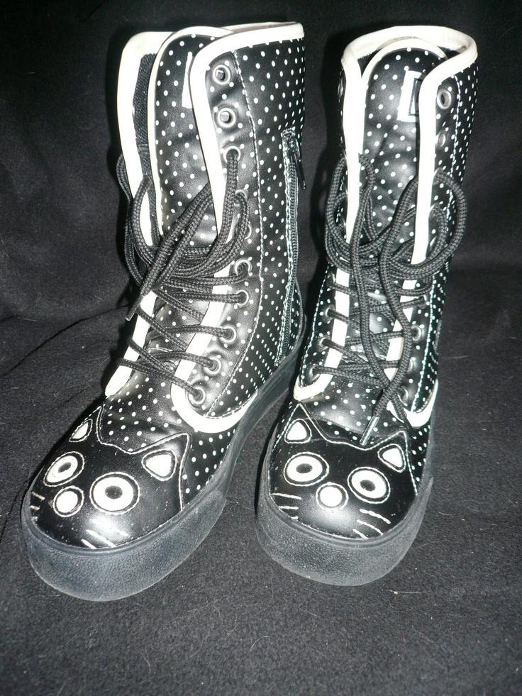 Kitty boots <3<3