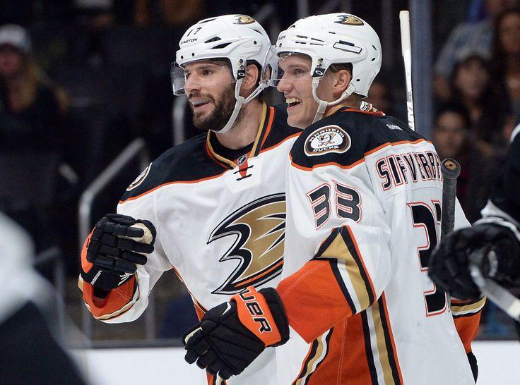 Does Ryan Kesler Make Anaheim Ducks Contenders? - http://thehockeywriters.com/does-ryan-kesler-make-anaheim-ducks-contenders/