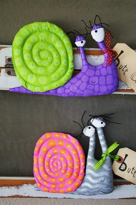 Snail named PRINCE by buttuglee on Etsy