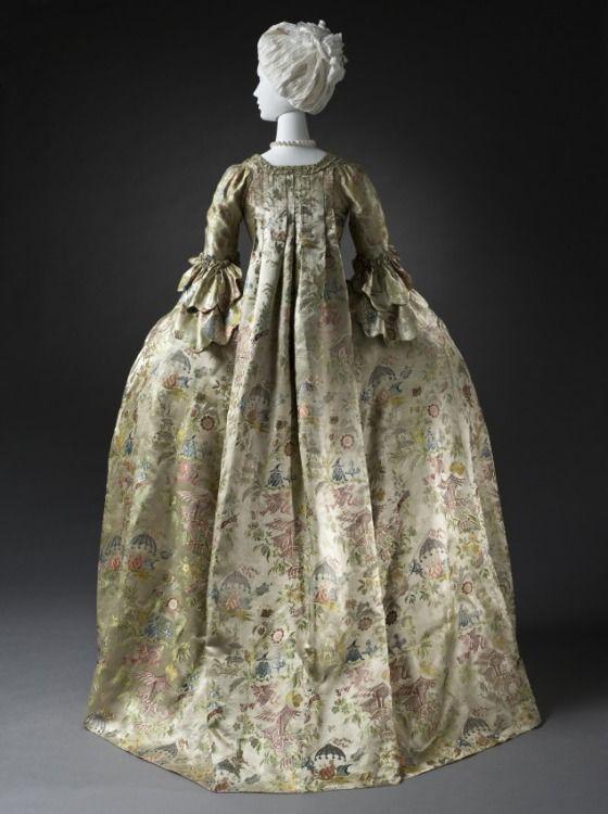 Dutch Robe à la française,1740-1760, at the Los Angeles County Museum of Art, Los Angeles