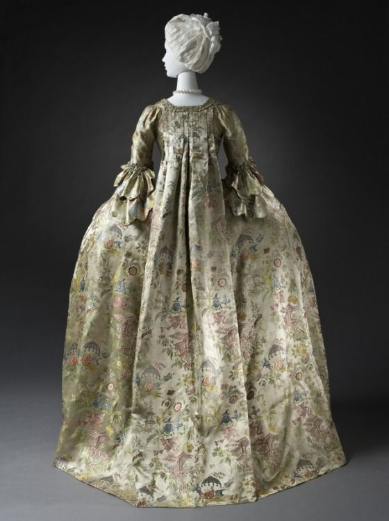 Dutch Robe à la française,1740-1760, at the Los Angeles County Museum of Art, Los Angeles