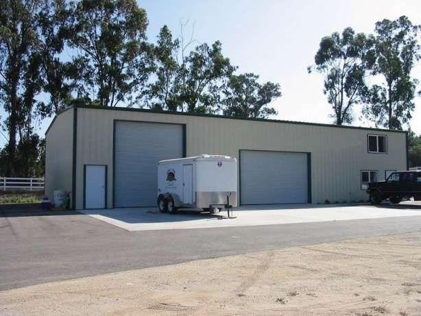 26 777 €: •Destinatie produs - hala productie, service auto, siloz, garaj sau hala depozitare  •Caracteristici produs - 12 x 16.5 x 4.5 x 5.7 - 200 mp - amprenta parter, 12 x 5.5 x 2 x 3 - 66 mp - birou etaj...