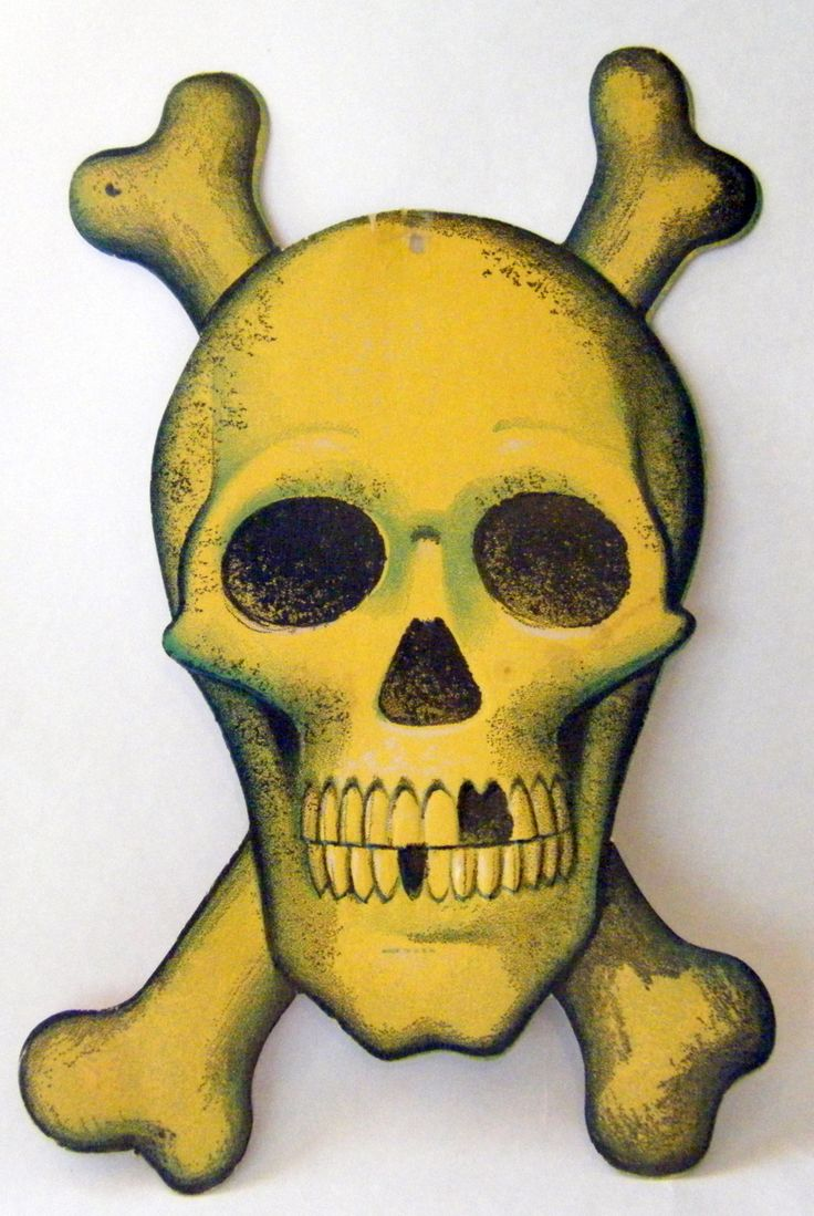 Halloween skull decorations - 1968 Beistle Skull And Crossbones Embossed Die Cut Decoration
