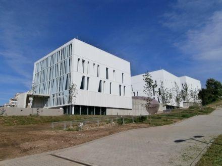 Pécsi Tudományegyetem Szentágothai János Kutatóközpont - Science Building