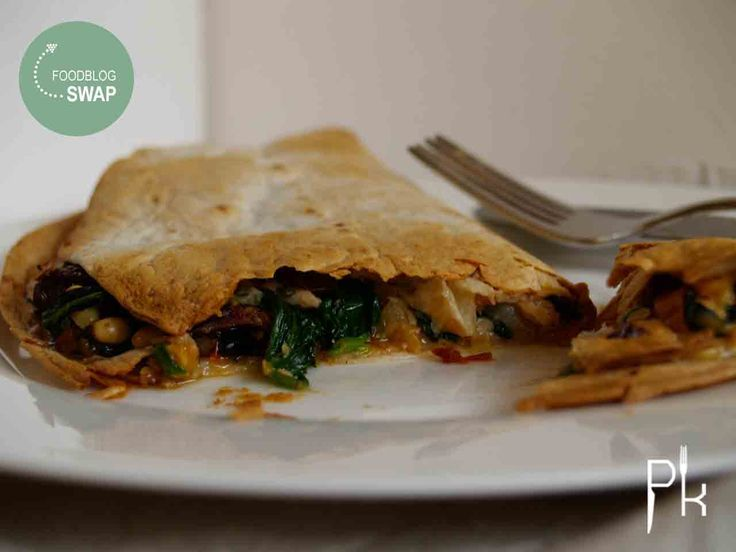 De foodblogswap bracht mij deze maand op het idee voor een quesadilla met spinazie en zalm. En dit is een blijvertje zo lekker is deze quesadilla :-).
