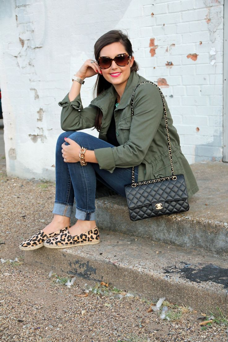 Army-Jacket, Chanel bag & leopard espadrilles