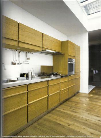 Cucina con soffitto vetrato