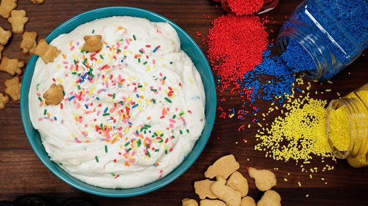 Re-Create Dunkaroos With This Funfetti Dip: This easy-to-make, low-fat, three-ingredient funfetti dip is the perfect way to indulge in one of our favorite treats without the guilt of eating cake!