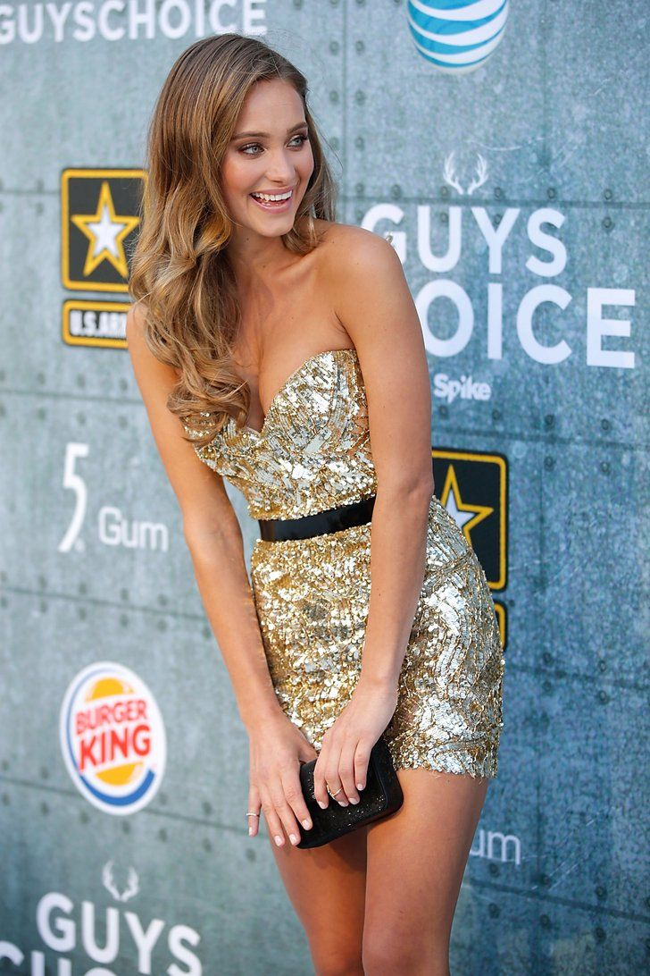 Pin for Later: 13 Reasons Hannah Davis Is So Much More Than Derek Jeter's Fiancée