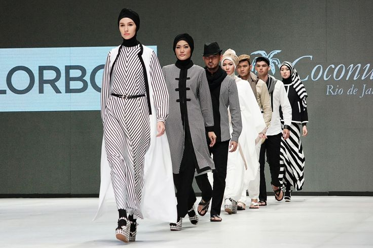 Series of Hannie hananto collection at Indonesia Fashion Week 2014