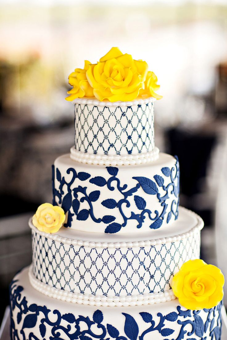 Who knew a blue and yellow cake could look so lovely?