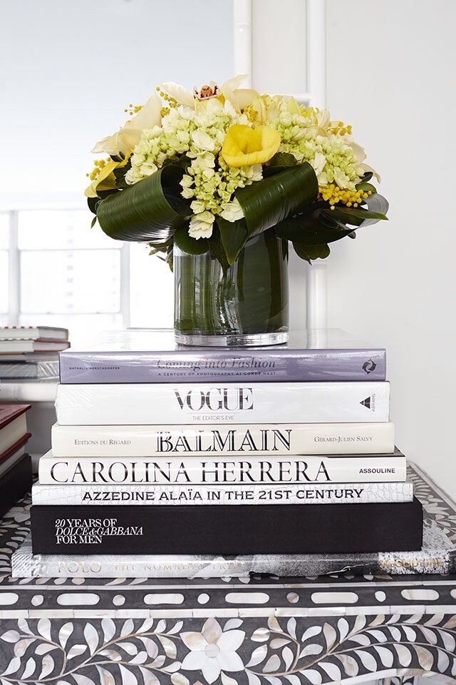25 best ideas about fashion books on pinterest fashion. Black Bedroom Furniture Sets. Home Design Ideas