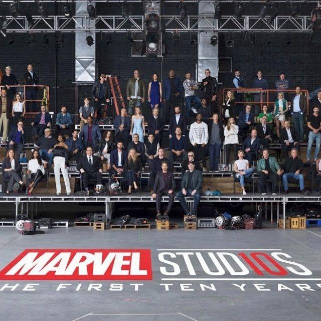 MCU Comemora 10 Anos (Universo Cinematográfico Marvel... ver mais em www.bdcomics.pt