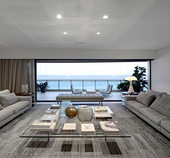 Apartment Facing the Sea in Barra living room overlooking sea