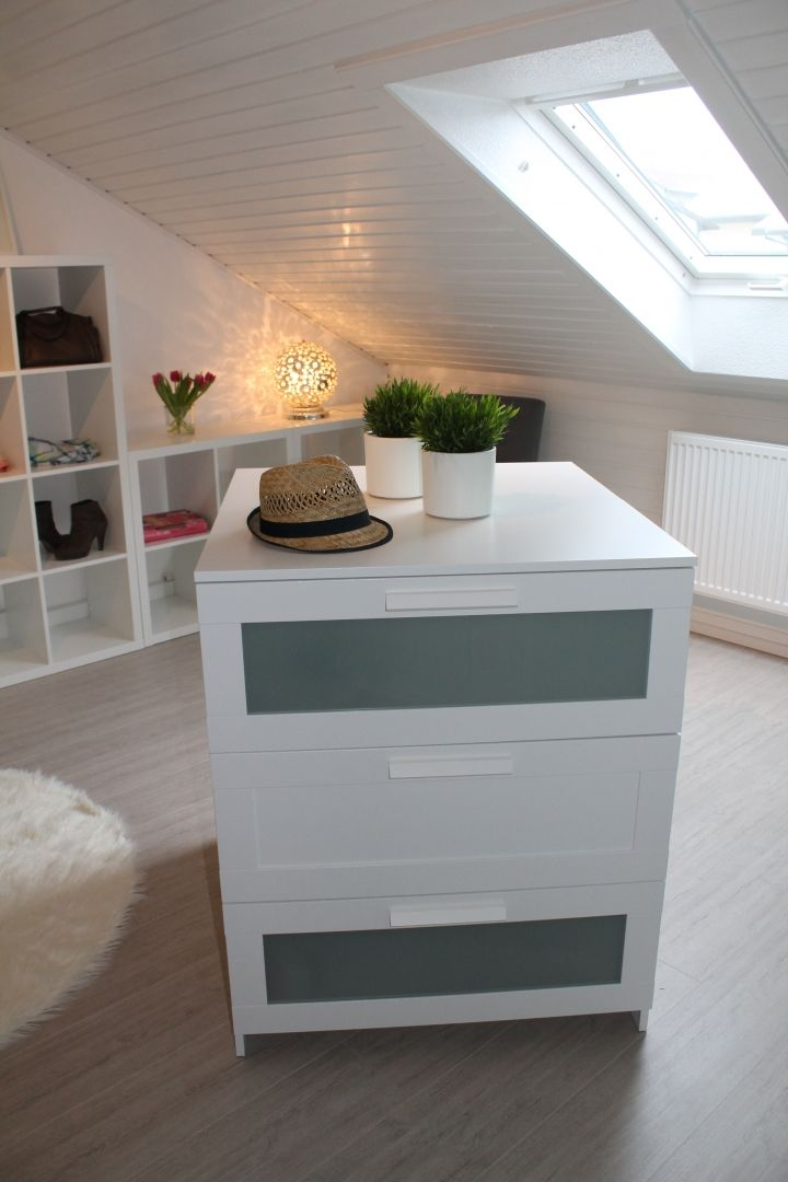 25 best ideas about brimnes on pinterest ikea ikea. Black Bedroom Furniture Sets. Home Design Ideas