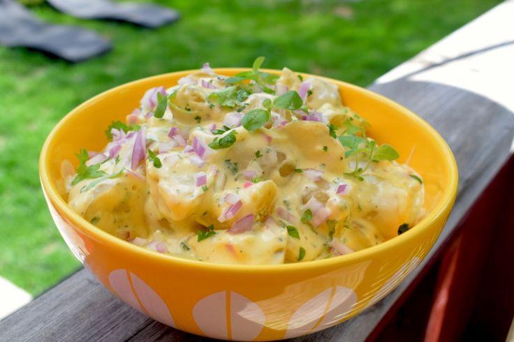 Et fast tilbehør til 17.mai maten – Potetsalat. – gladkokken