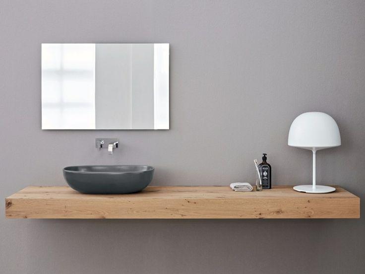 Vernice bagno ~ Orecchini in ottone inciso con un bagno acido lucidati a mano