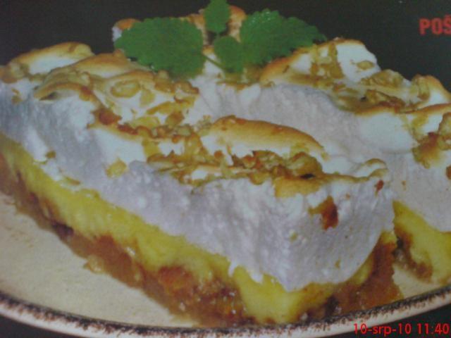 Nákyp s pudinkem a ořechy | Recept