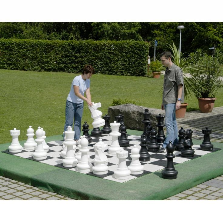 Awesome KETTLER Giant Chess Set   14ft X 14ft   KET182
