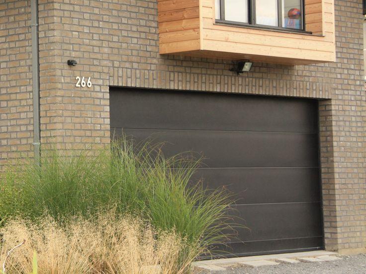 25 best ideas about porte de garage sectionnelle on pinterest porte garage bois porte garage. Black Bedroom Furniture Sets. Home Design Ideas