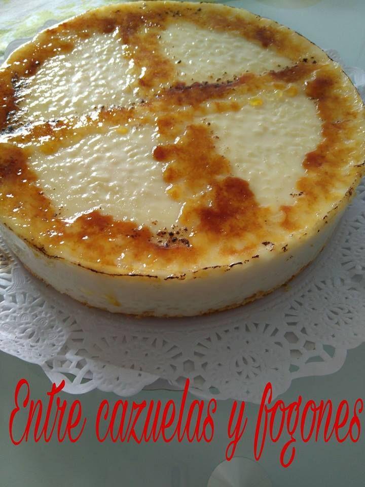 Ingredientes: Para la base 200 gr. galletas canela (O galletas María con 1 cta. canela)100 gr. mantequilla fría También podemos utilizar un...