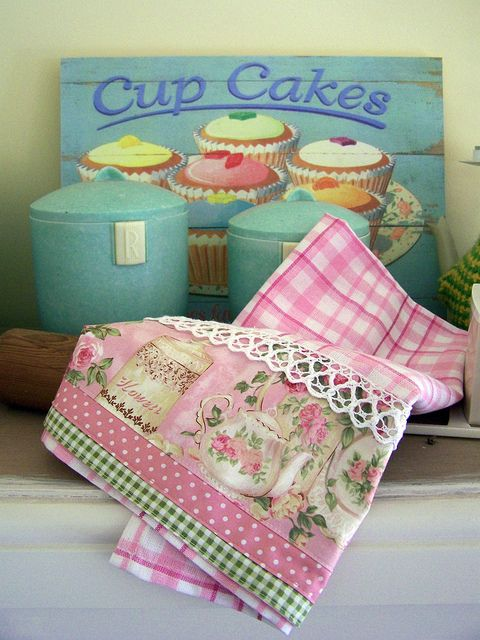 Cottage Roses and Vintage Chic by Created by Cath