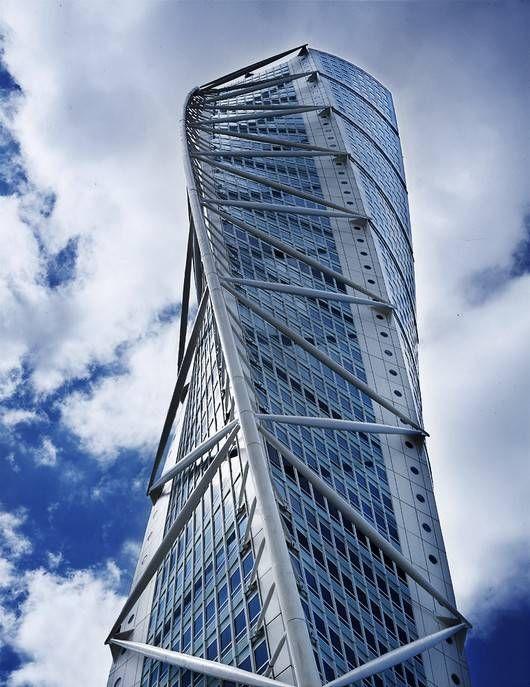 Santiago calatrava torre turning torso en malm suecia - Arquitectura lyon ...