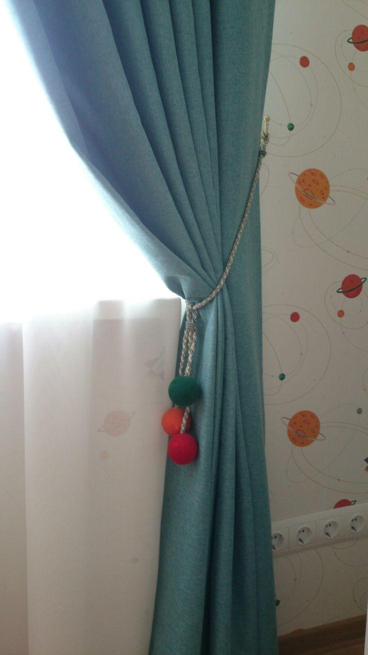 Бирюзовые шторы блэкаут в детскую