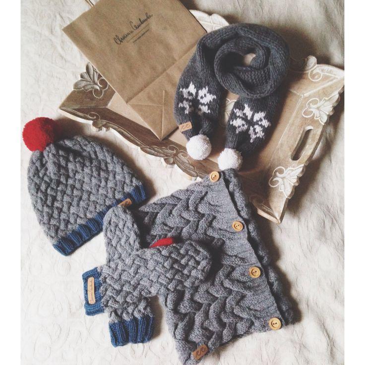 Handknitted hat, mittens, scarf, snood #svetlanaselivanova #knitting