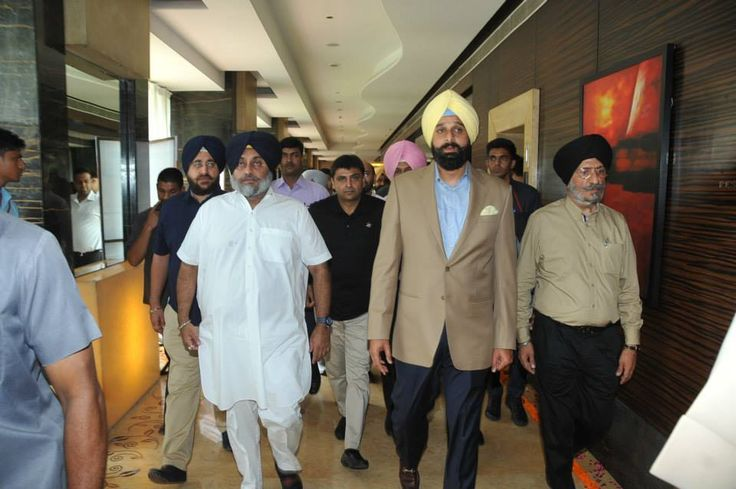 The event was attended by Punjab Deputy Chief Minister Sardar Sukhbir Singh Badal, New & Renewable Energy Minister Sardar Bikram Singh Majithia along with other dignitaries, developers, investors and bankers. #SukhbirSinghBadal #ShiromaniAkaliDal #PunjabSolarSummit2015