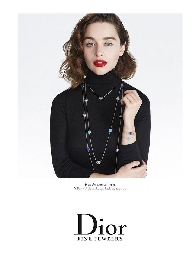 Con su castaño natural y unos despampanantes labios rojos, así se presenta la protagonista de 'Juego de Tronos' como imagen de la línea de joyería de Dior.