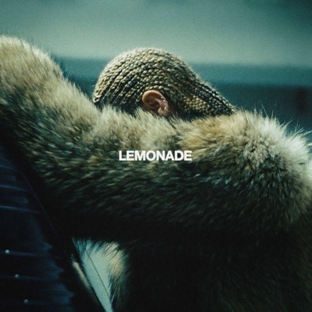 """Beyoncé é creditada como única produtora executiva do projeto.   19 fatos surpreendentes sobre o """"Lemonade"""" de Beyoncé"""