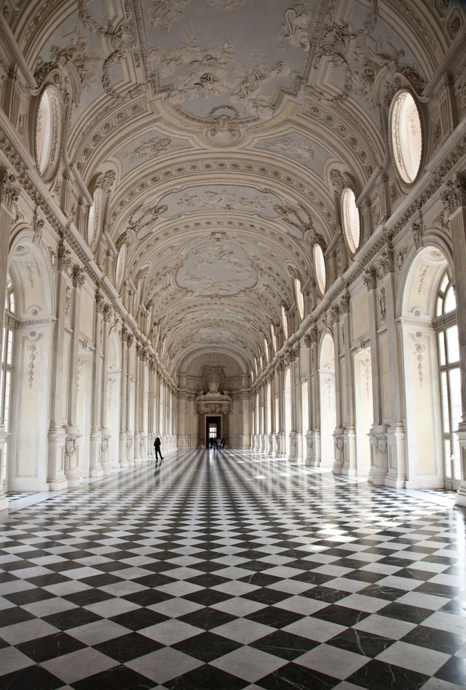 Galleria di Diana in Venaria Royal Palace - Classical Architecture
