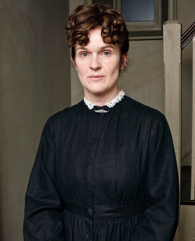 Siobhan Finneran dans le rôle de Sarah O'Brien dans la saison 1 de « Downton Abbey »