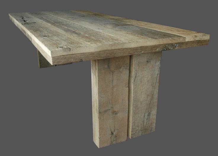 Vind het sloophout-idee mooi voor de tafels, omdat het me doet denken aan een gezonken schip.