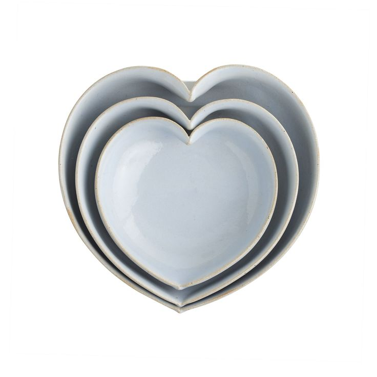 Jd Wolfe Heart Bowls In Baby Blue Something Blue Pinterest Baby Blue Bowls And Kitchens