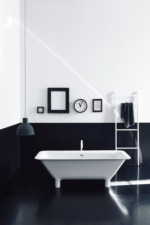 Bathroom design concept, this black and white combination is really amazing!