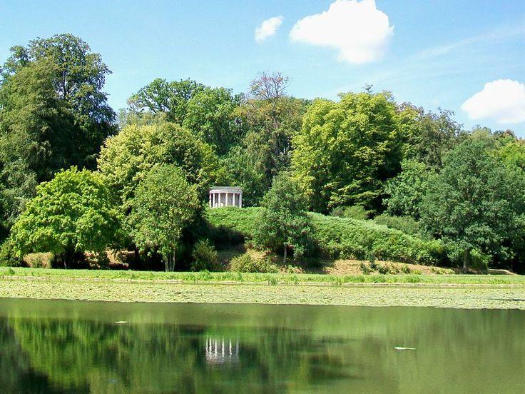 Ermenonville - Parc Jean Jacques Rousseau - Etang et Temple de la Philosophie
