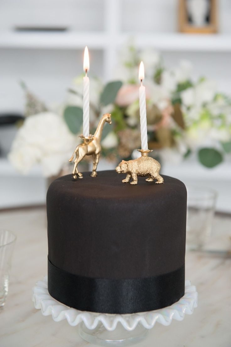 black and gold wedding cake topper black gold cake read more http www stylemepretty 11815