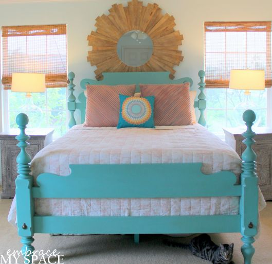Best 25 Farmhouse Futon Frames Ideas On Pinterest: Best 25+ Painted Bed Frames Ideas On Pinterest